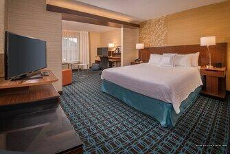 Fairfield Inn & Suites by Marriott Easton