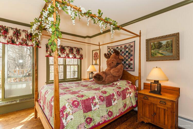 Inn at Buck Hollow Farm