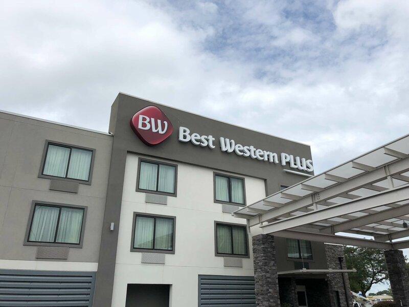 Best Western Plus Bowling Green