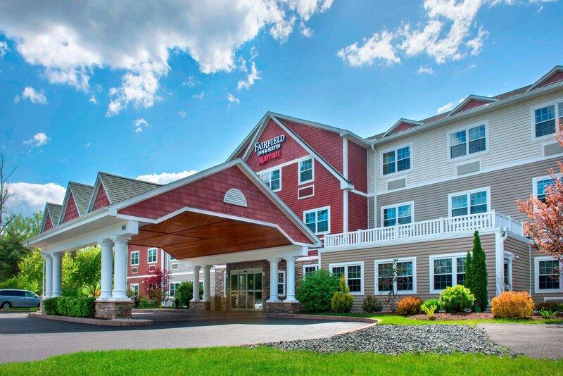 Fairfield Inn And Suites by Marriott Lenox