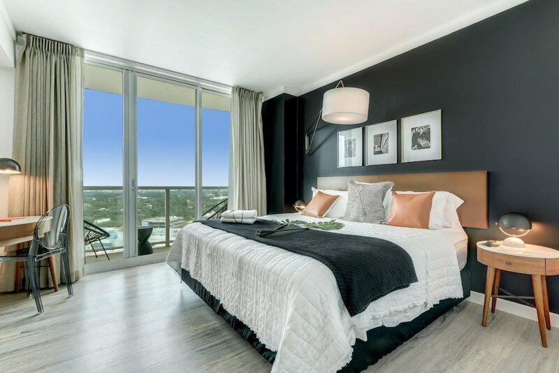 One-Bedroom Apartment in Miami Coconut Grove 1206