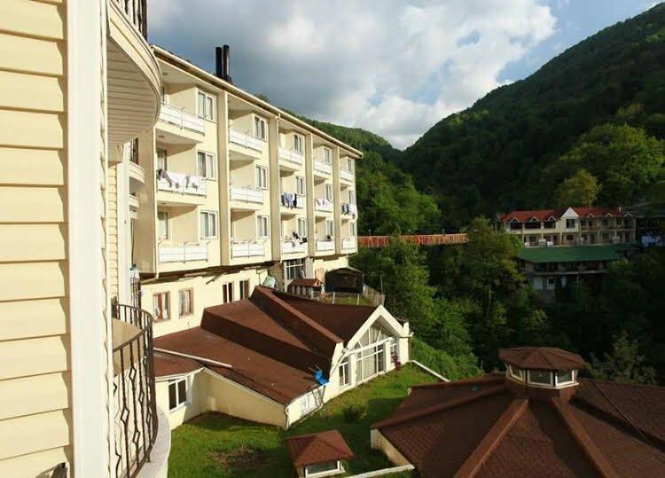 Oylat Kaplicalari Asiyan Otel