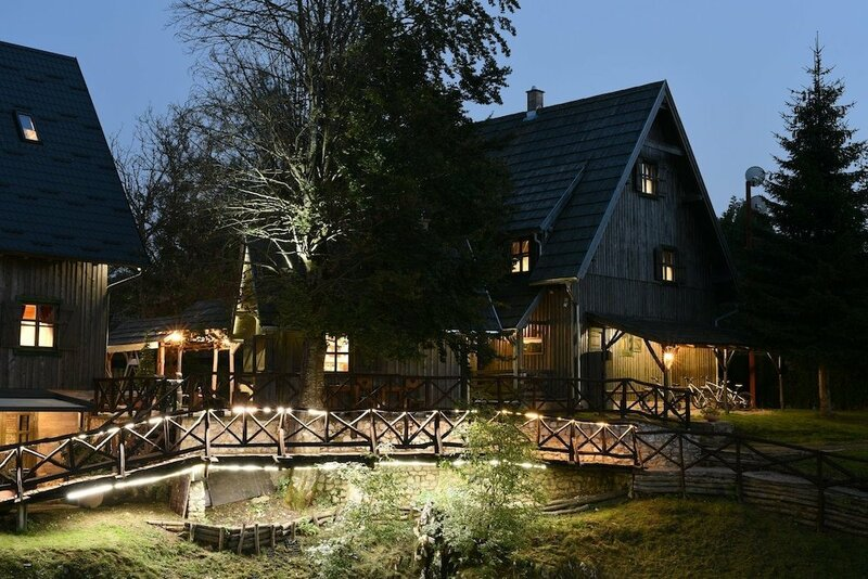 Ethno Houses Plitvica Selo Deluxe