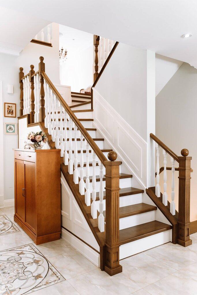 верхней части дубовые лестницы фото чтобы сделать