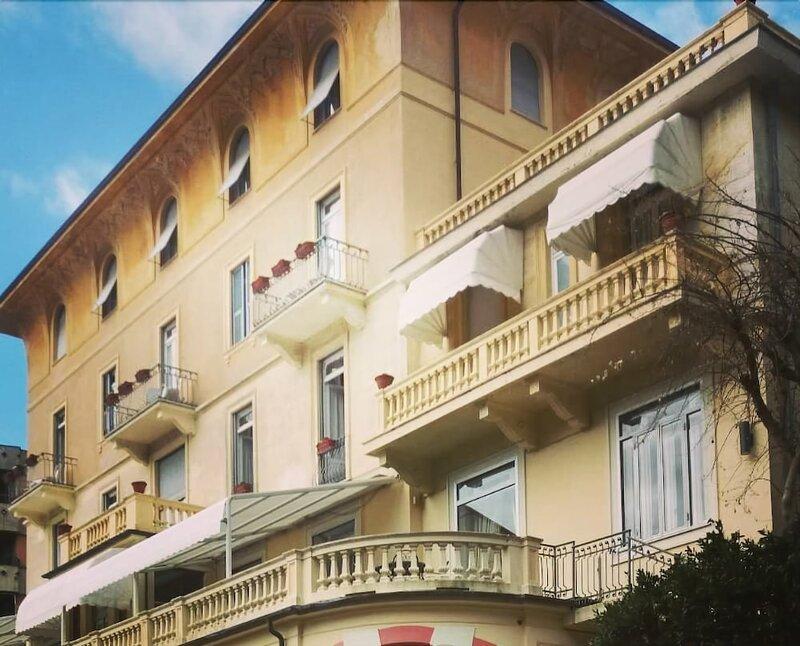Отель Canali