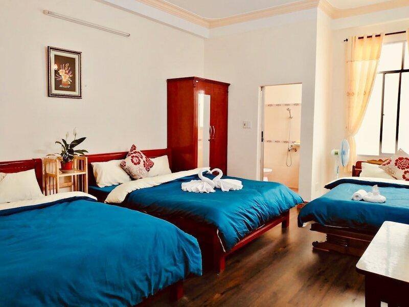 Phuong Lan Guesthouse