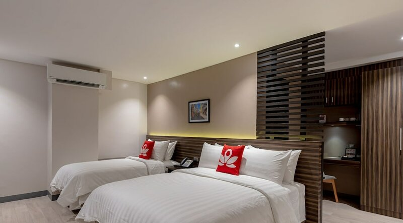 Zen Rooms Thirdys Hostel Legazpi