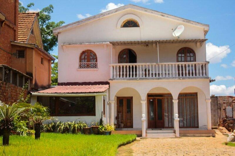 Faly Madagascar Tour