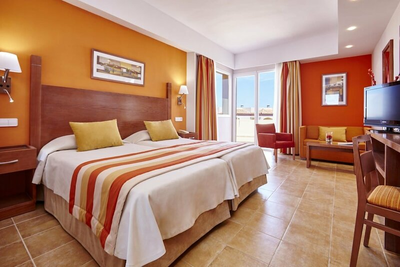 Universal Hotel Don Leon