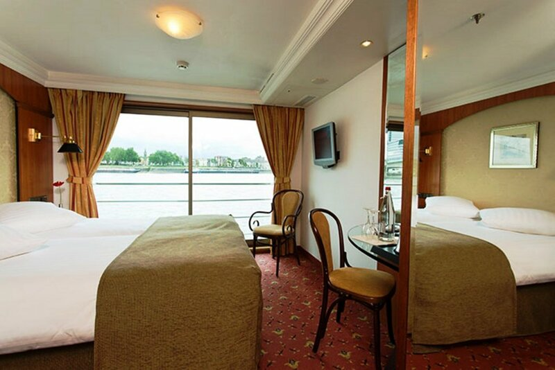 Baxter Hoare Hotelship - Adults only