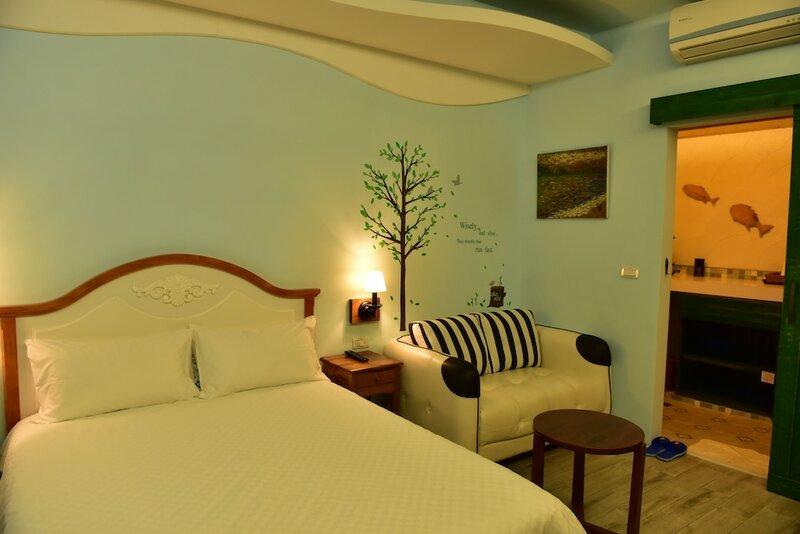 7m2 Hostel