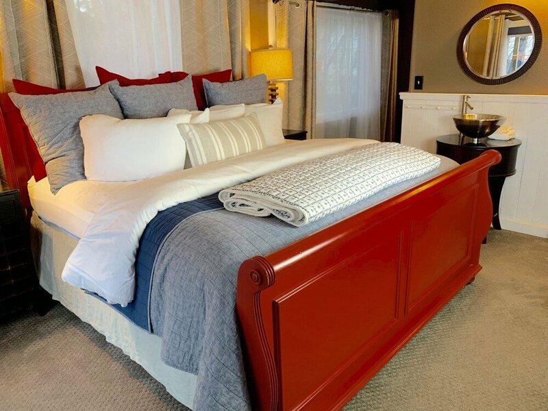 Ocean House Inn & Condos