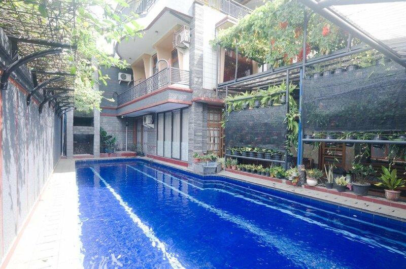 Oyo 3135 Villa Surya