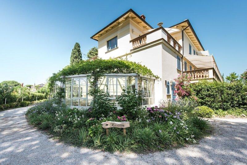Relais & Residence Villa Mazzanta
