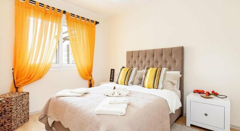 Thalassa Resort Private 3 Bed Private Pool Apartment