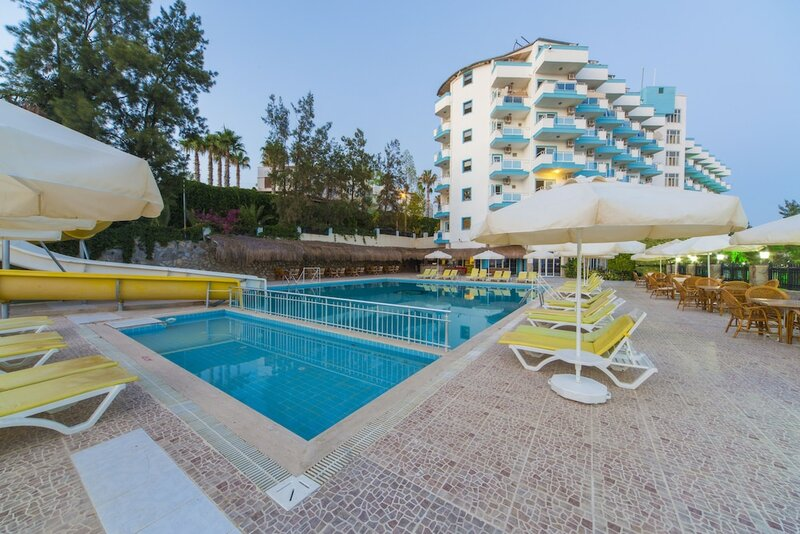 Kayra Beach Otel