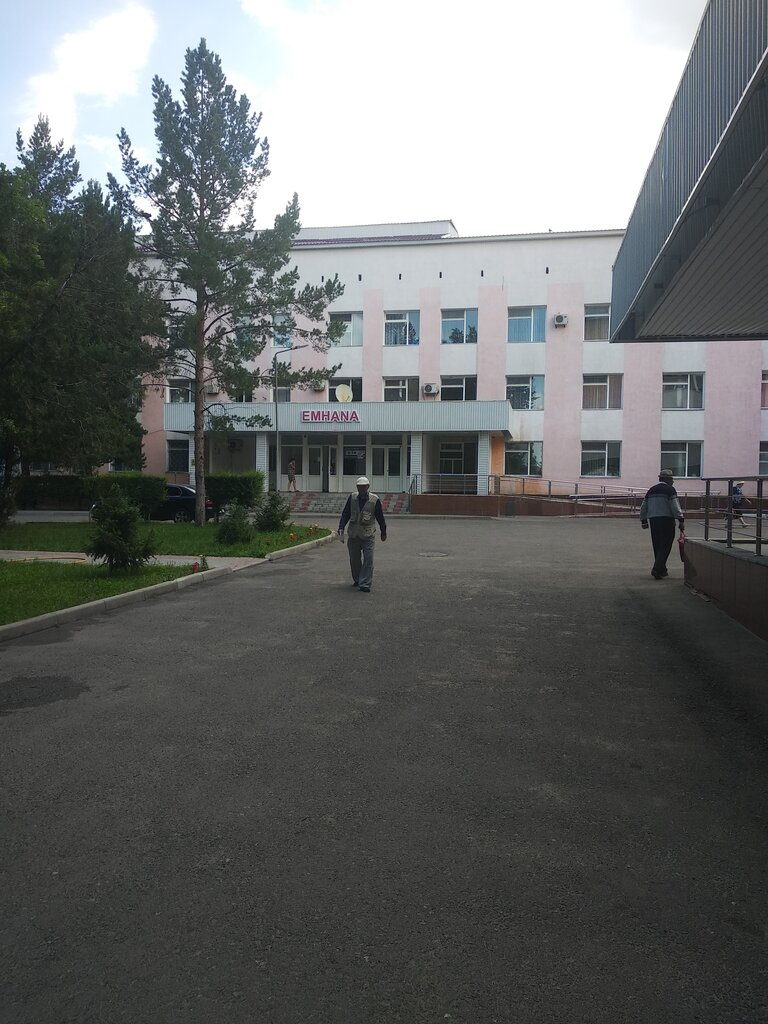 больница для взрослых — ГКП на Пхв Областная больница г. Талдыкорган — Талдыкорган, фото №1
