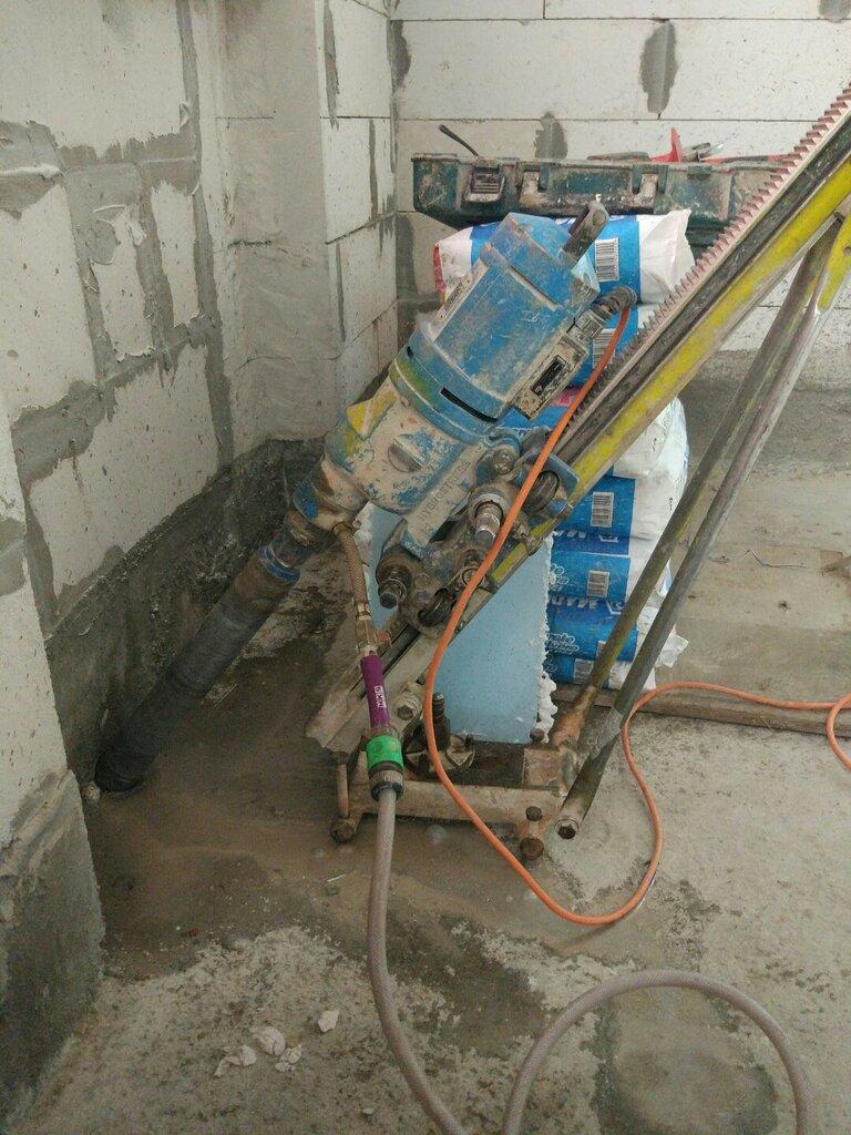 Бурим бетон керамзитобетон блок 390х188х190мм полнотелый фбс