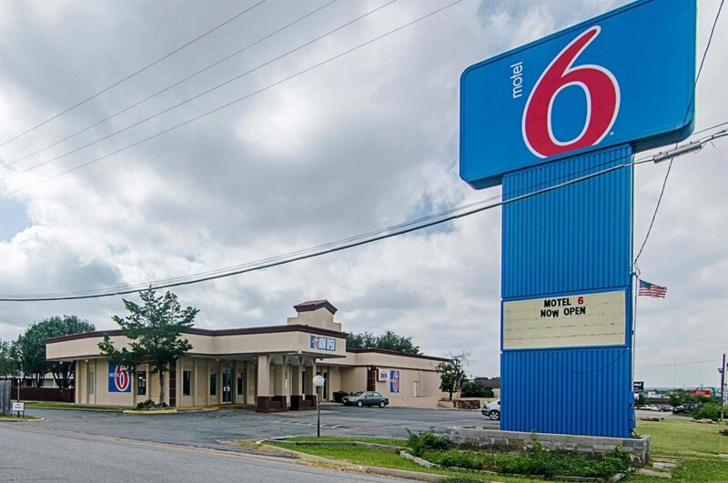 Motel 6 Sherman, Tx