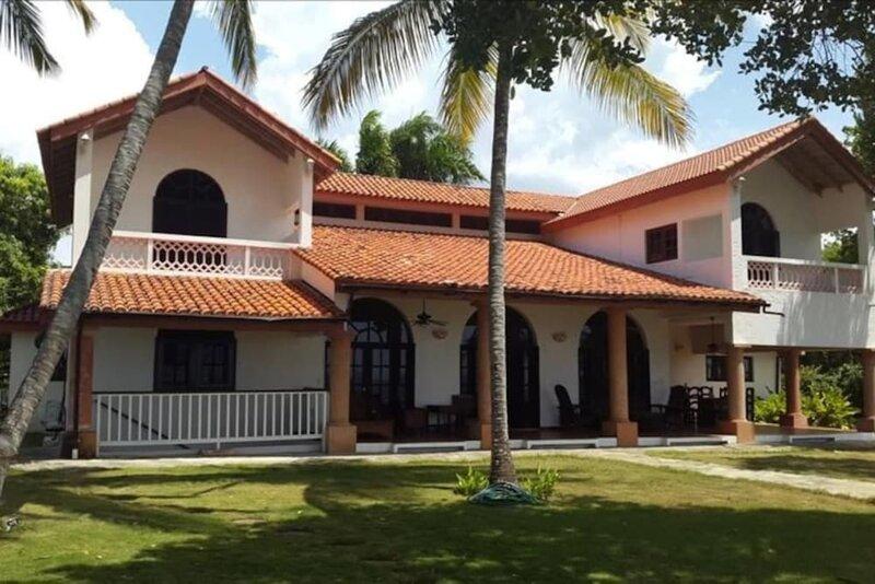 Spacious oceanfront villa