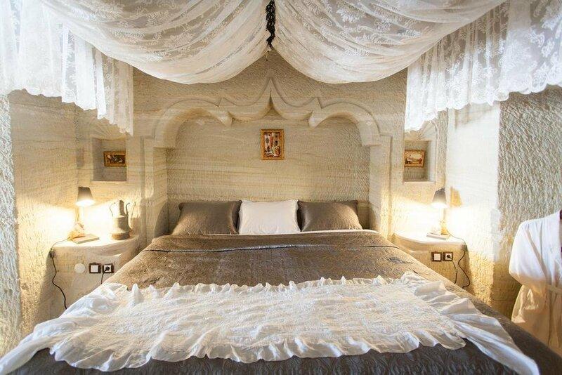 Suzanas Cave Hotel