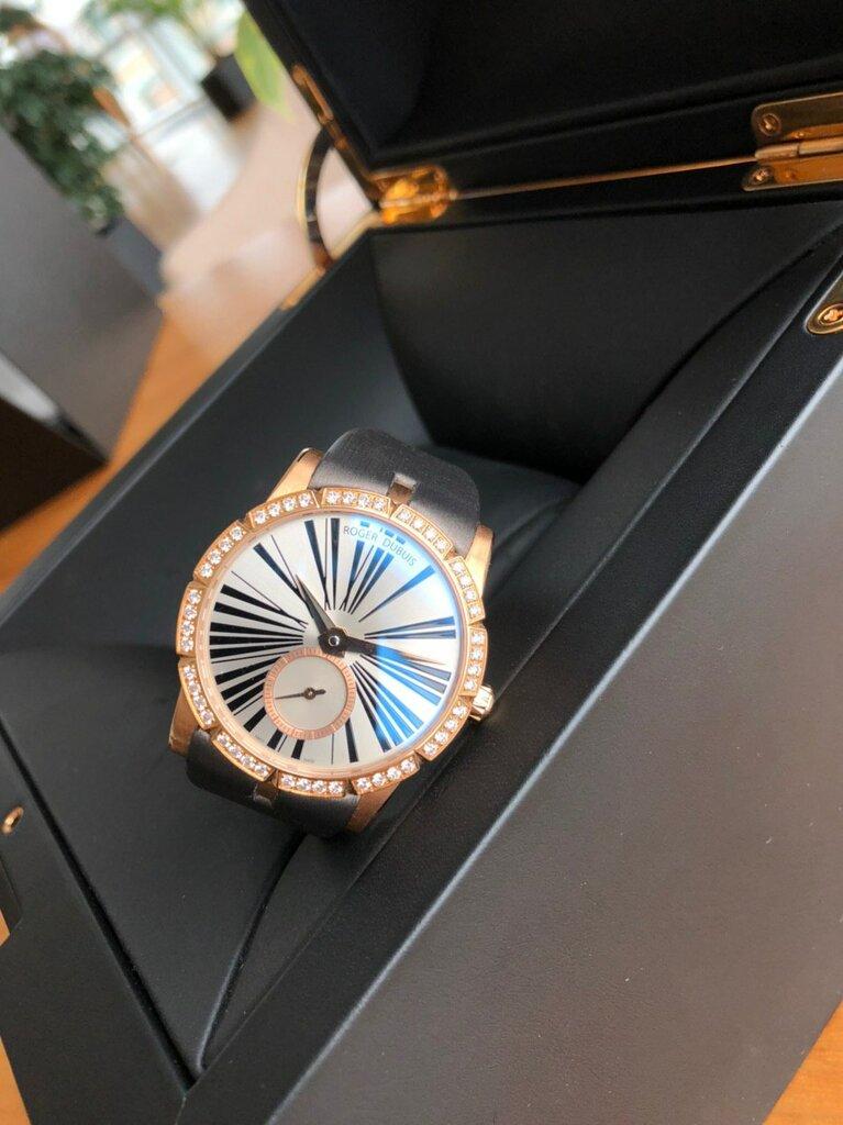 Часовой ломбард новосибирск omax quartz часов стоимость