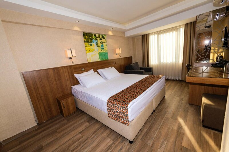 B Guest Hotel