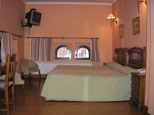 Hotel Mauleon