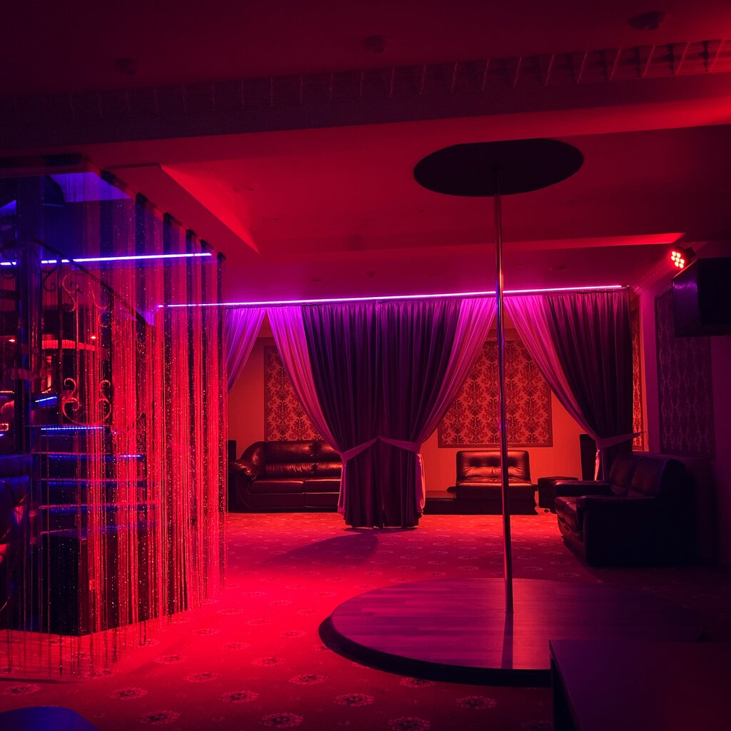 Стрип клубы в тамбове ночной клуб дзержинск нижегородская область