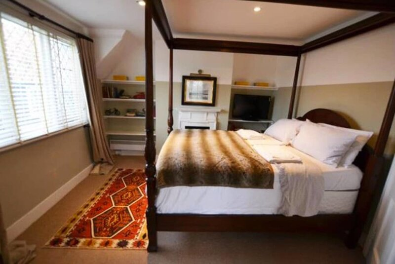 Sweetshop Cottage/1-bed Home on Osea Island, Essex