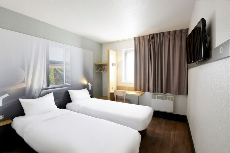 B&b Hotel Bourges 2