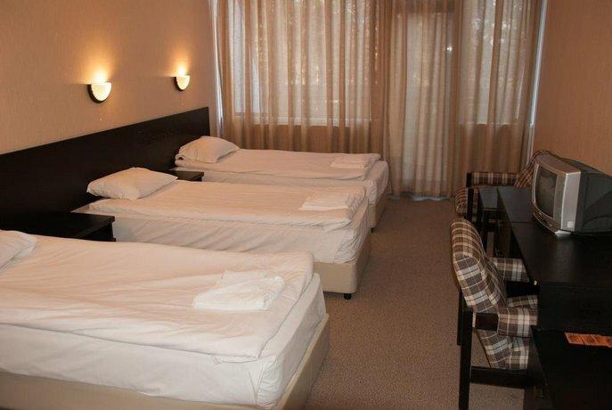 Everest Hotel Etropole