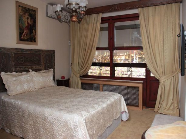 Cafe Halic & VIP Guesthouse