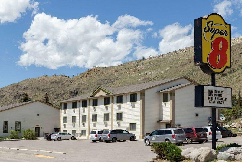 Super 8 by Wyndham Gardiner/Yellowstone Park Area