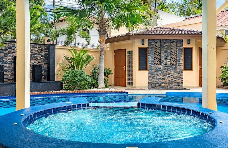 Luxury Pool Villa T1 Near Walking Street