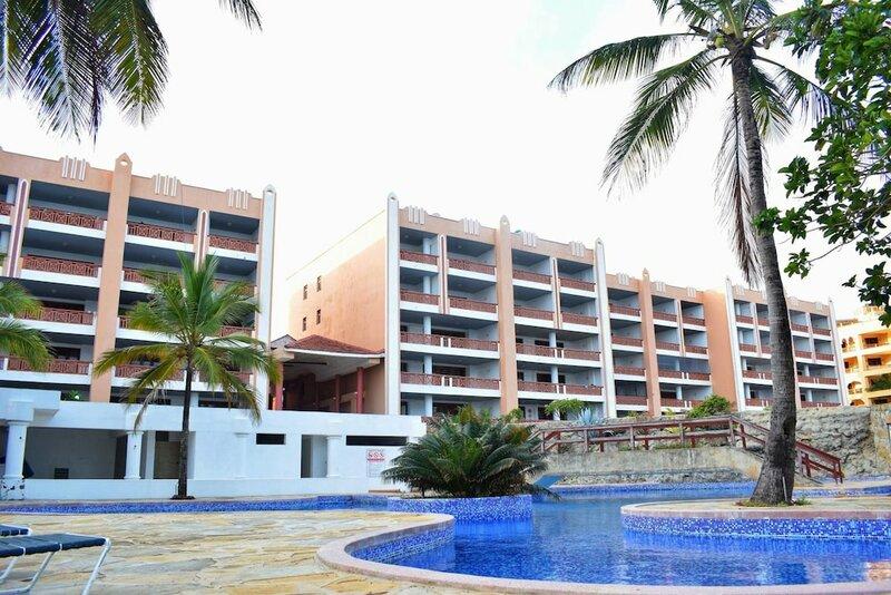 La Mera Beach Apartments