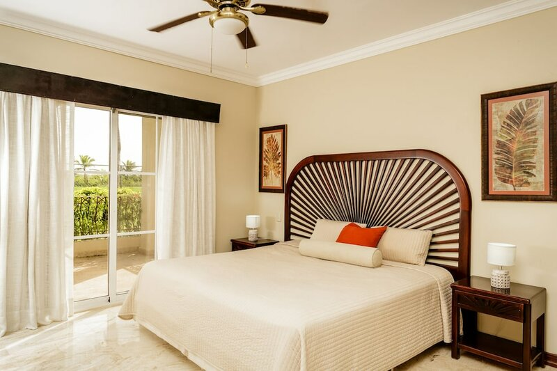 Palm Green Vacations Whitesands
