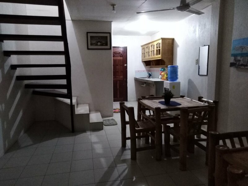 Deden's Pizzeria and Guesthouse - Moalboal Panagsa