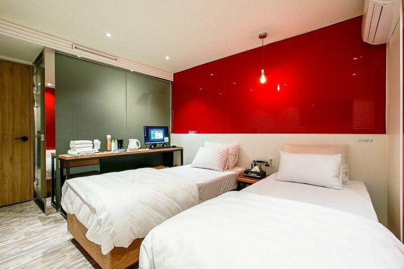 Celint Hotel