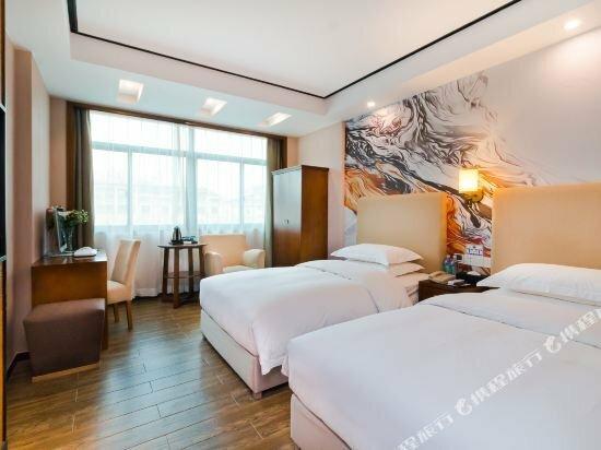 Chonpines Hotel·Yiwu International Trade City