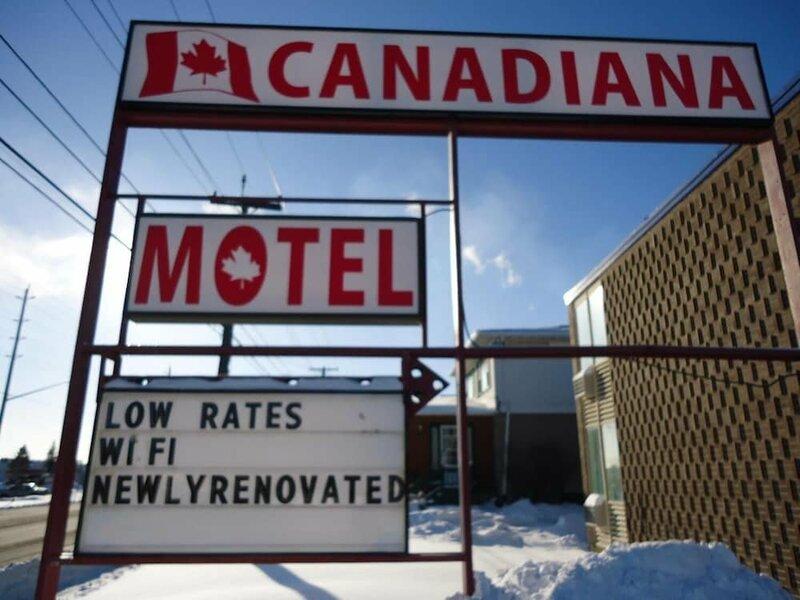 Canadiana Motel