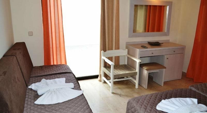 Amnissos Hotel