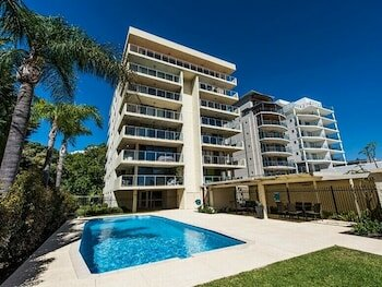 South Perth Deluxe Apartment