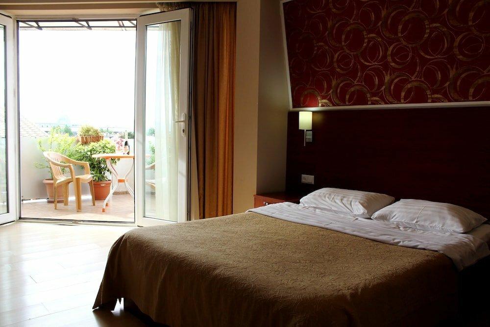 гостиница — Армази Палас — Тбилиси, фото №1