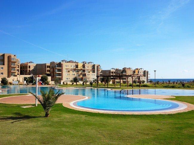 Апартаменты Thalassa Beach Resort