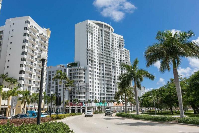 Luxury Condos at Hollywood Beach