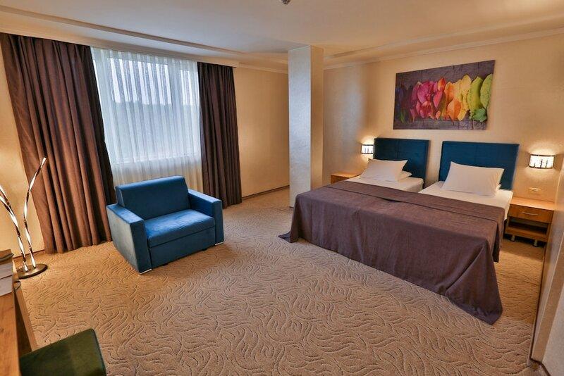 Hotel Terra Europe Brontes