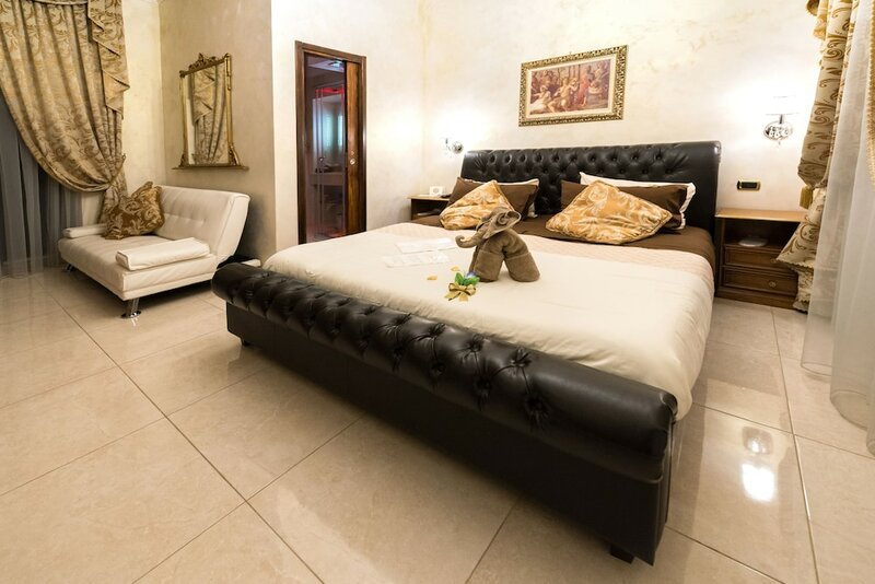 Roma Royal Residence