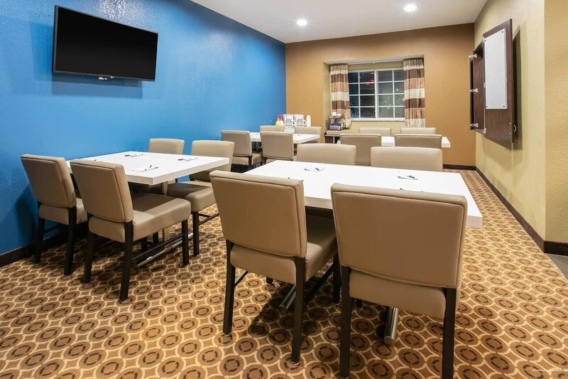 Microtel Inn and Suites Pecos