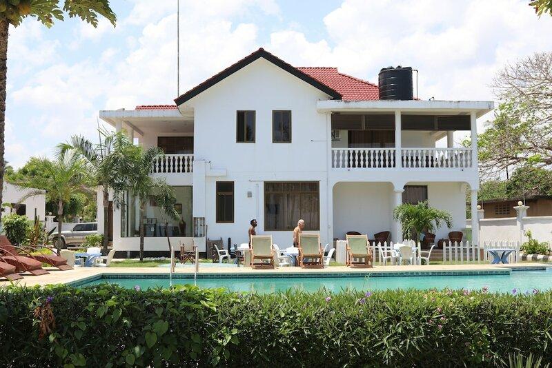 Villa Dahl Beach Resort